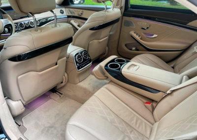 Limousine & Van 10